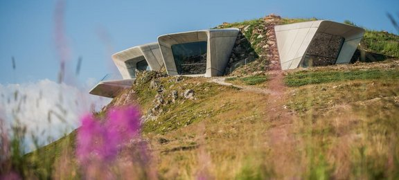 Corones - Messner Mountain Museum